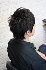 シンプルな黒髪ショート